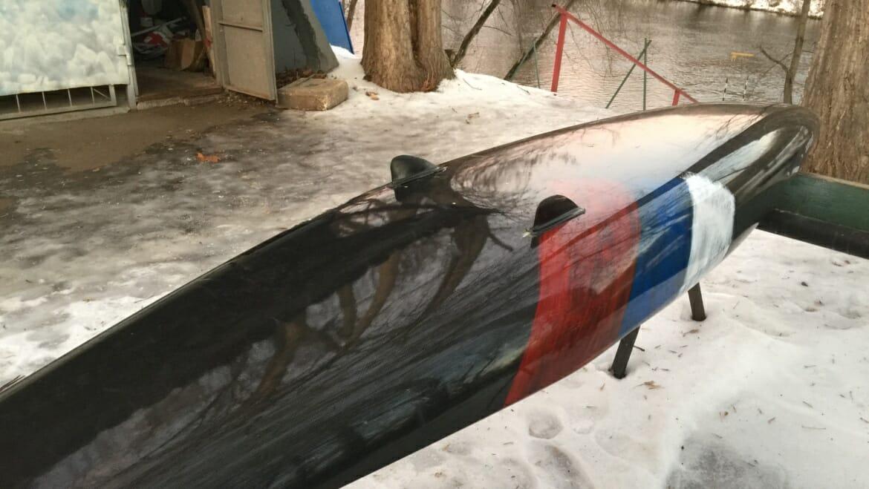 «Плавники» на слаломных лодках