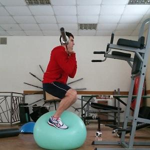 Импровизация на гимнастическом мяче